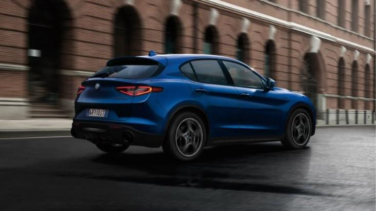 Alfa Romeo Stelvio Sprint Plus 2021 (1)