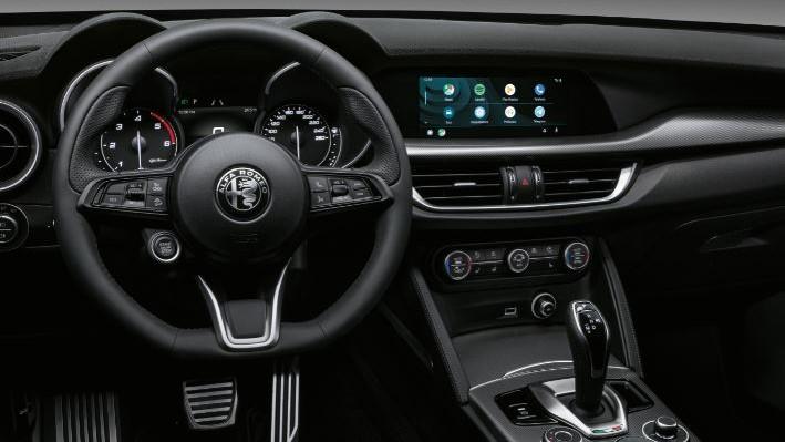 Alfa Romeo Stelvio Sprint Plus 2021 (2)