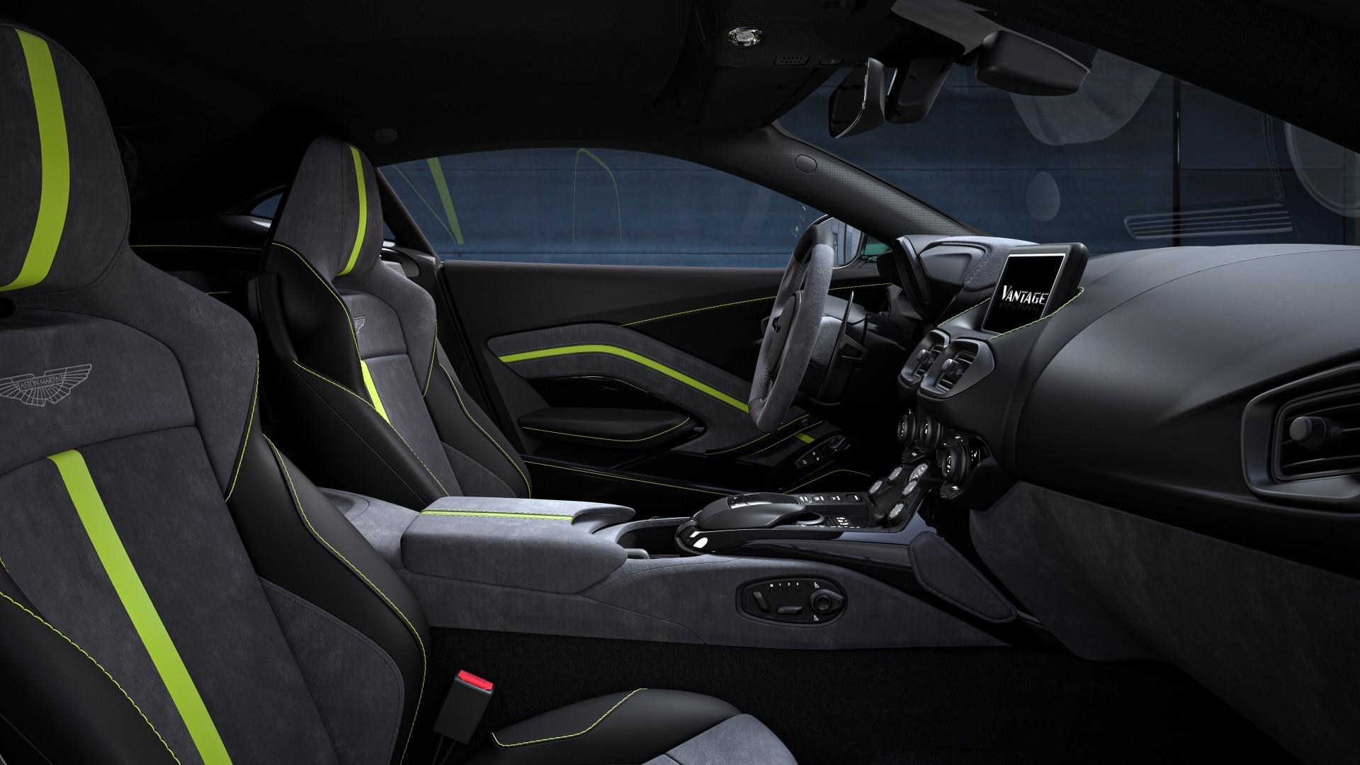 Aston Martin Vantage F1 Edition (9)