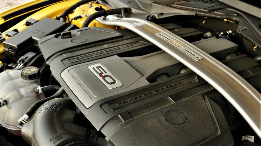Ford Mustang GT 5 0 V8 (1)