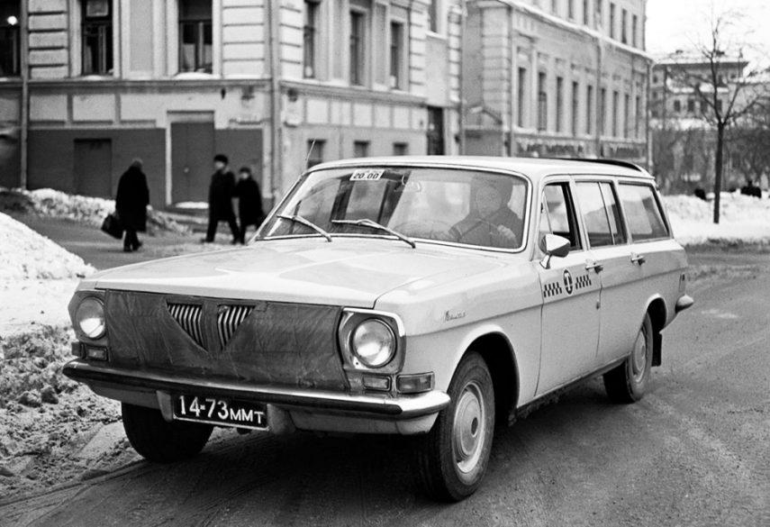 GAZ 24 04 Taxi