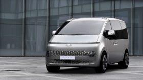 Hyundai Staria 2021 (1)