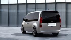 Hyundai Staria 2021 (2)