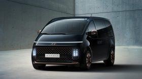 Hyundai Staria 2021 (3)