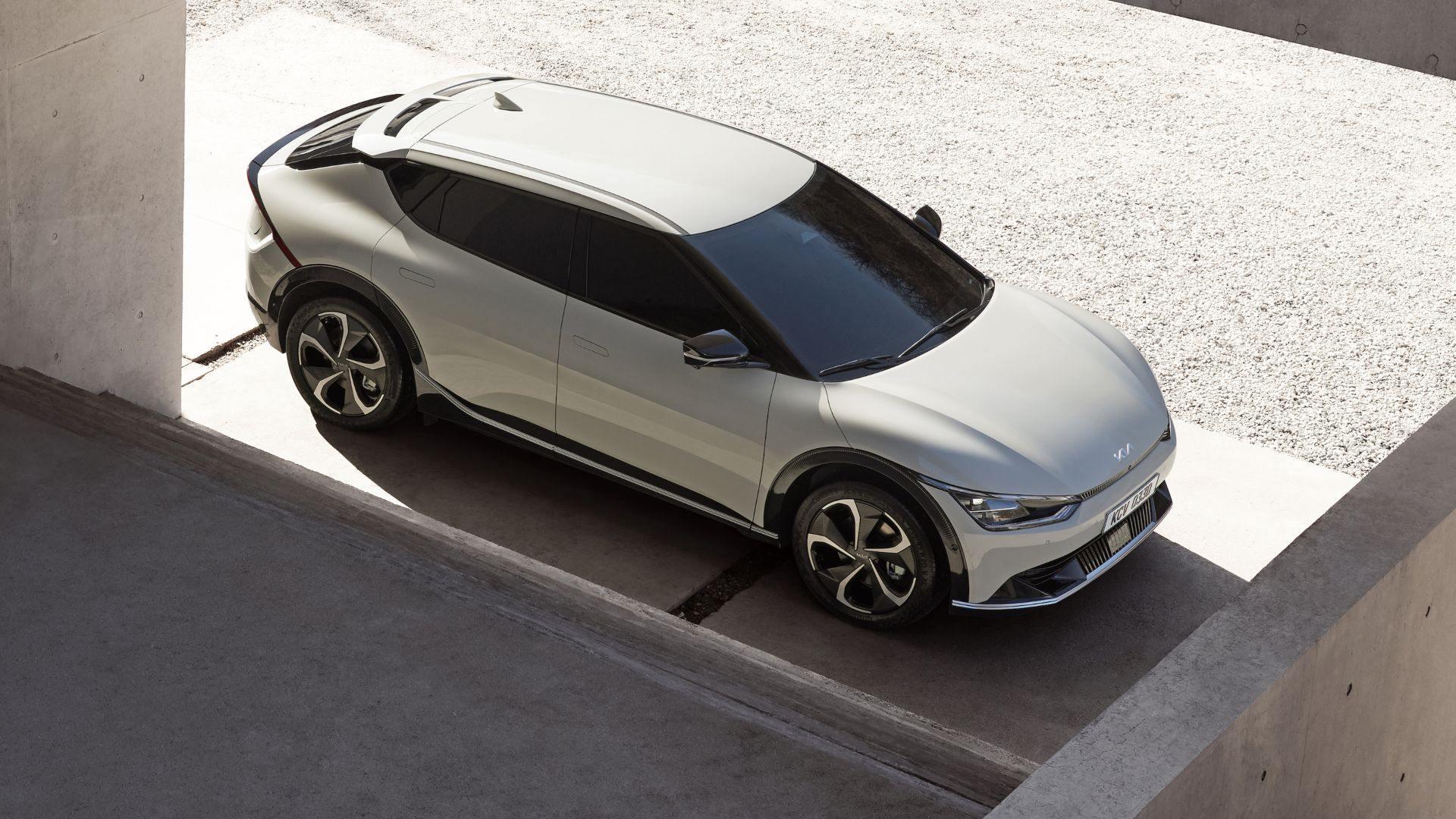 """El Kia EV6 es el """"primo"""" del IONIQ5 que se presentará oficialmente a finales de marzo"""