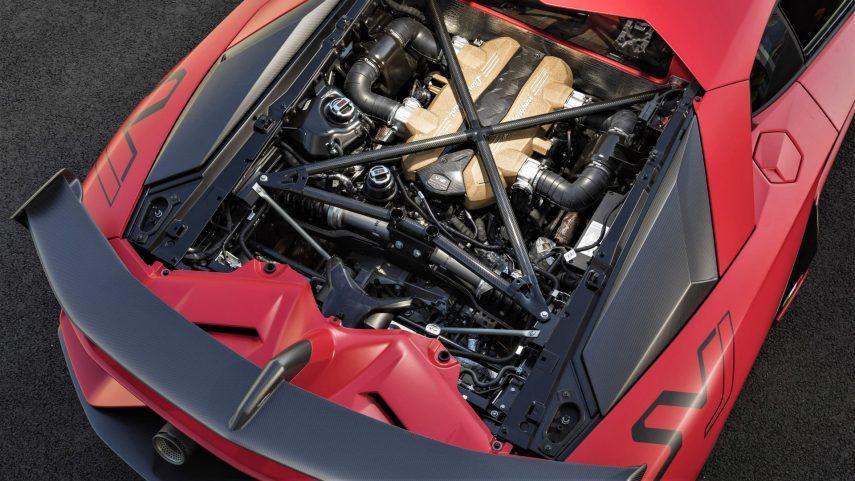 Lamborghini Aventador SVJ Motor V12