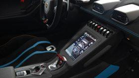 Lamborghini Huracan STO en Madrid 18