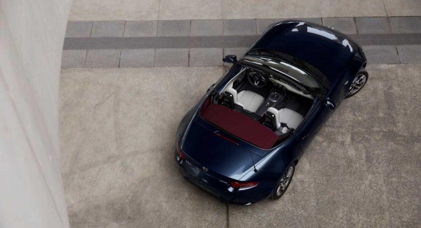 Mazda MX 5 Blue&Red Edition (1)