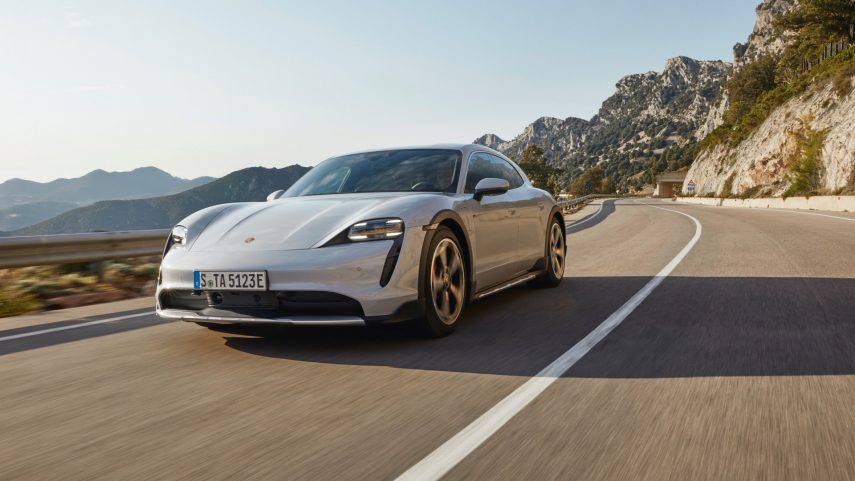 Porsche Taycan Cross Turismo 2021, la vertiente aventurera del eléctrico de Stuttgart