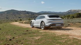 Porsche Taycan Cross Turismo 2021 (13)