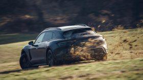 Porsche Taycan Cross Turismo 2021 (24)