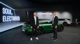 Porsche Taycan Cross Turismo 2021 (28)