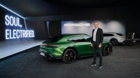 Porsche Taycan Cross Turismo 2021 (29)