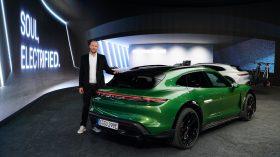Porsche Taycan Cross Turismo 2021 (30)