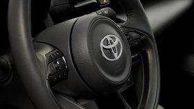 Toyota Yaris Cross Premiere Edition 2021 (13)