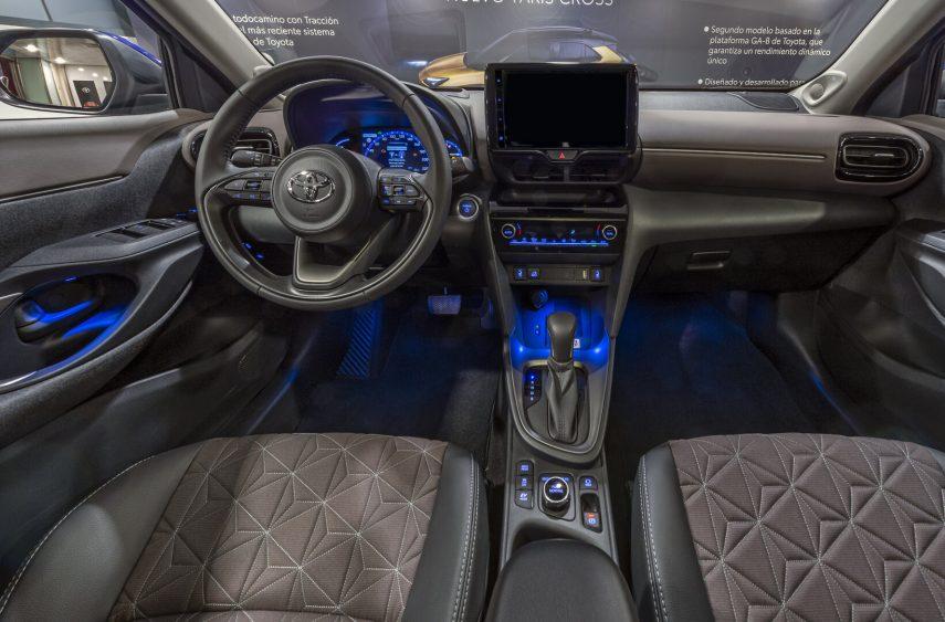 Toyota Yaris Cross presentacion estatica 5
