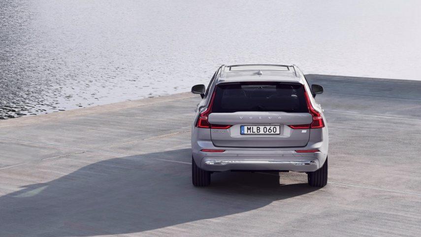 Volvo XC60 2021 (2)