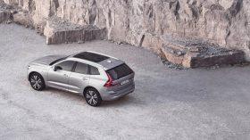 Volvo XC60 2021 (4)