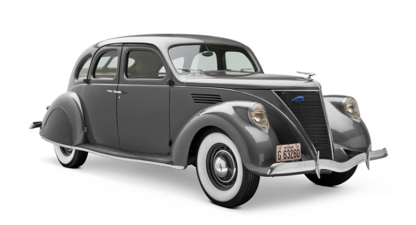 1936 Lincoln Zephyr 4 door Sedan 1