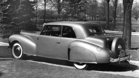 1940 Lincoln Zephyr Continental Club Coupe
