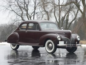 1941 Lincoln Zephyr Club Coupe