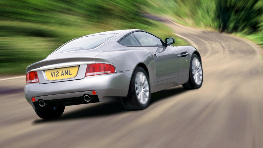 Aston Martin V12 Vanquish 2001 2