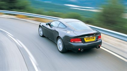 Aston Martin V12 Vanquish S 2004 3