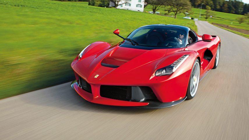 ¿Ferrari tendrá un nuevo V12 híbrido?