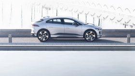 Jaguar I Pace Black 2021 (7)