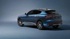 Maserati Levante Hybrid 2021 (4)