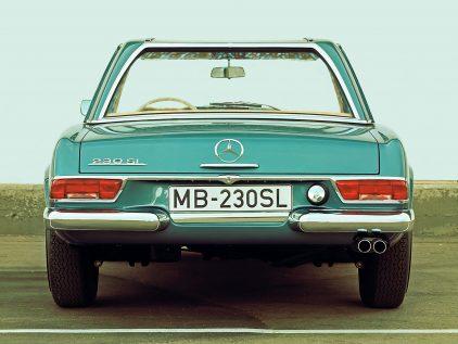 Mercedes Benz 230 SL W113 4