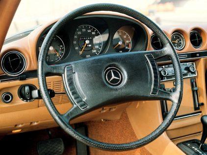 Mercedes Benz 350 SL R107