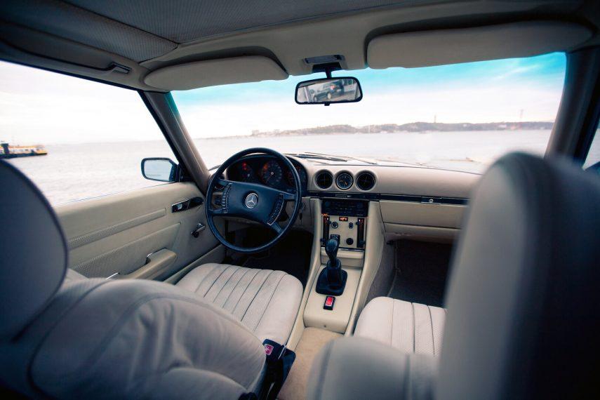 Mercedes Benz 350 SLC R107 3