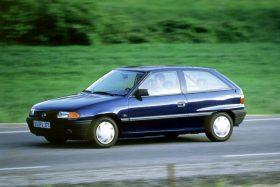 Opel Astra 3p GL 1991