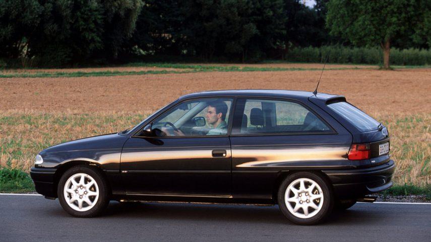 Opel Astra 3p GSi 16v 1994