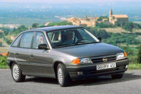 Opel Astra 5p GLS 1991