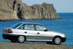 Opel Astra Sedan CD 18 1992