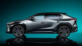 Toyota bZ4X Concept 2021 (2)