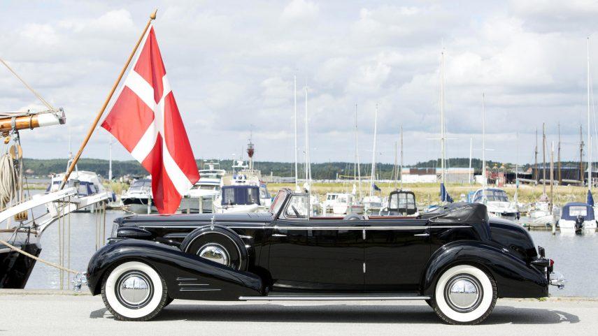 1934 Cadillac V16 452 D Convertible Sedan by Fleetwood