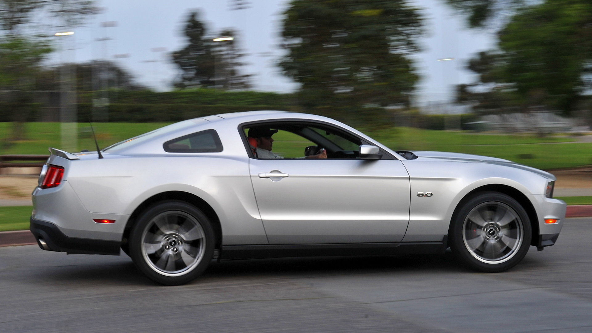 2011 Ford Mustang GT 50 2