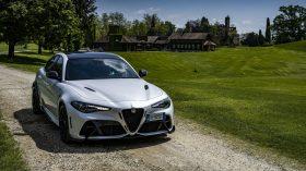 Alfa Romeo Giulia GTA Trofeo White (3)