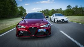 Alfa Romeo Giulia GTA y Alfa Romeo Giulia GTAm 2021 (13)