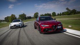 Alfa Romeo Giulia GTA y Alfa Romeo Giulia GTAm 2021 (7)