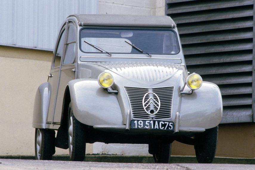 Coche del día: Citroën 2CV