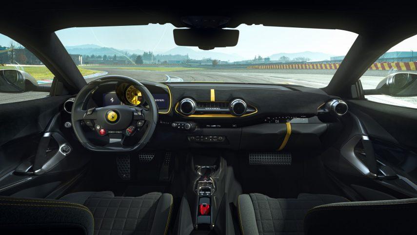Ferrari 812 Competizone 2021 (3)