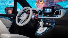 Mercedes Benz Concept EQT 2021 (28)
