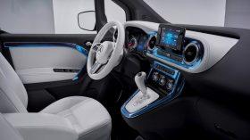 Mercedes Benz Concept EQT 2021 (41)