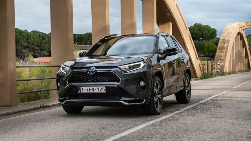 El Toyota RAV4 Plug-in ya está en preventa, desde 49.500 euros