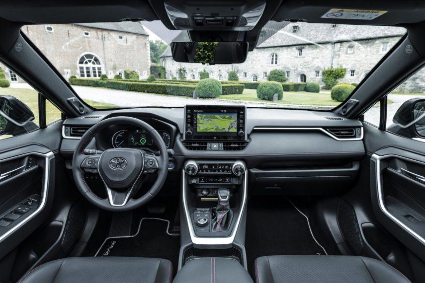 Toyota RAV4 Plug in 3
