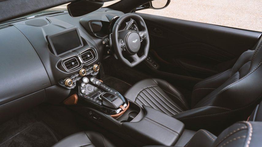 Aston Martin Vantage Roadster A3 2021 (8)